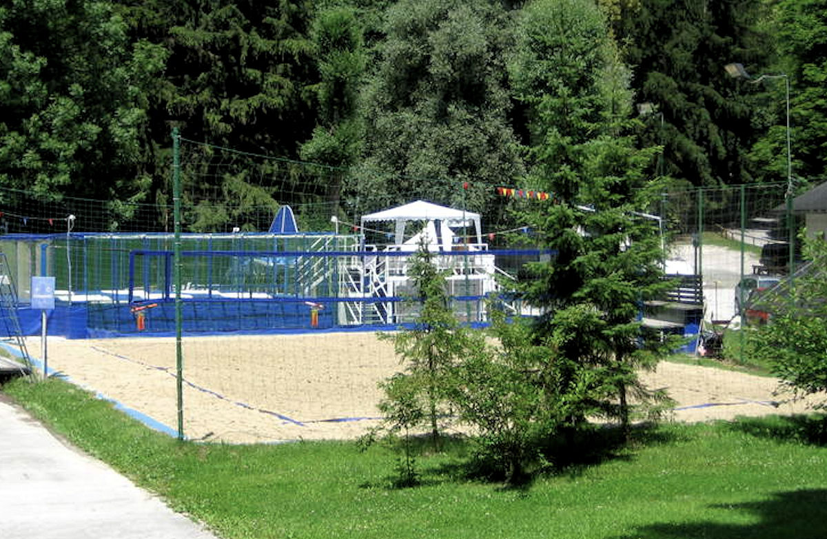 Velika Zaka beach volley courts in Bled