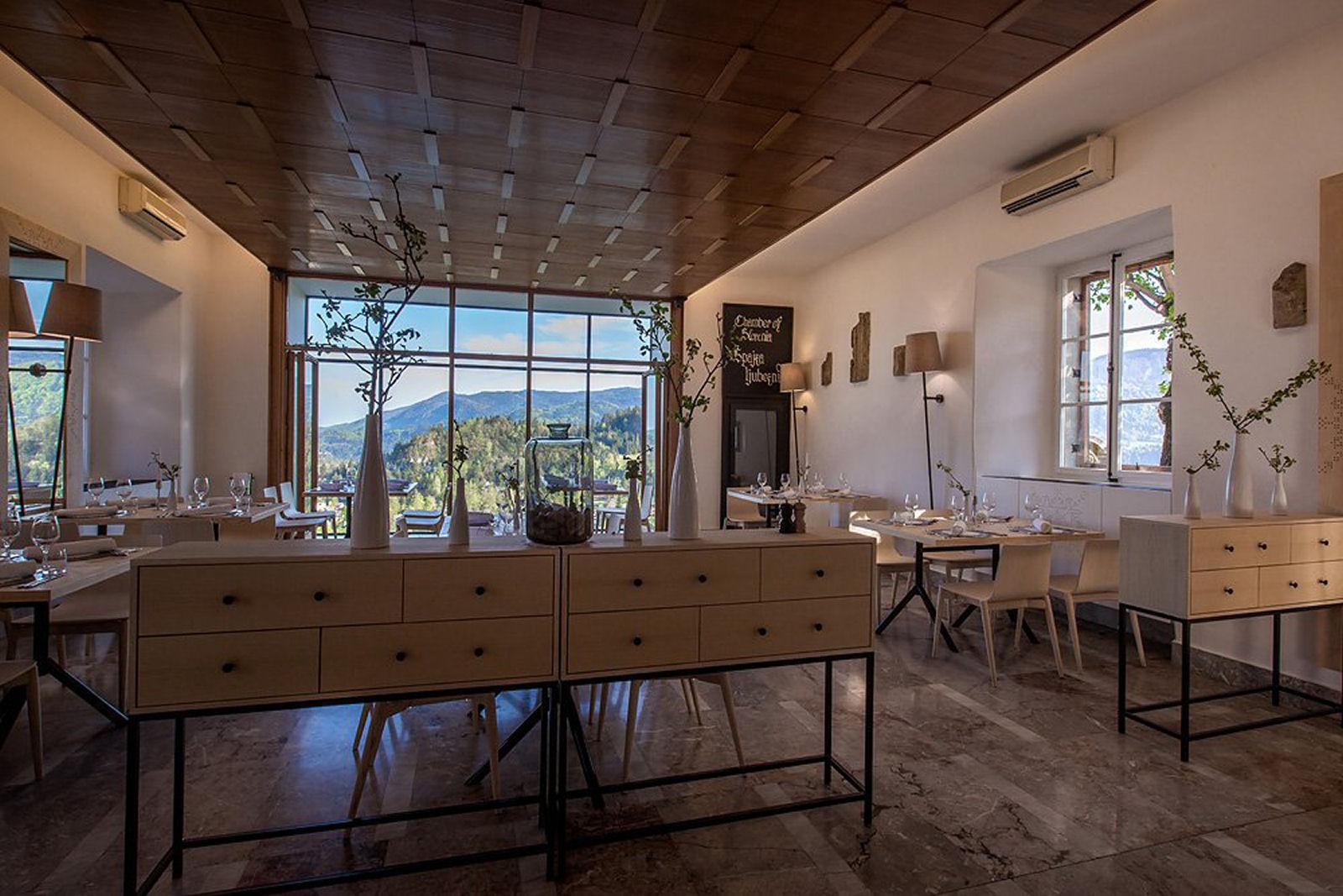 bled-castle-restaurant-02-slovenia