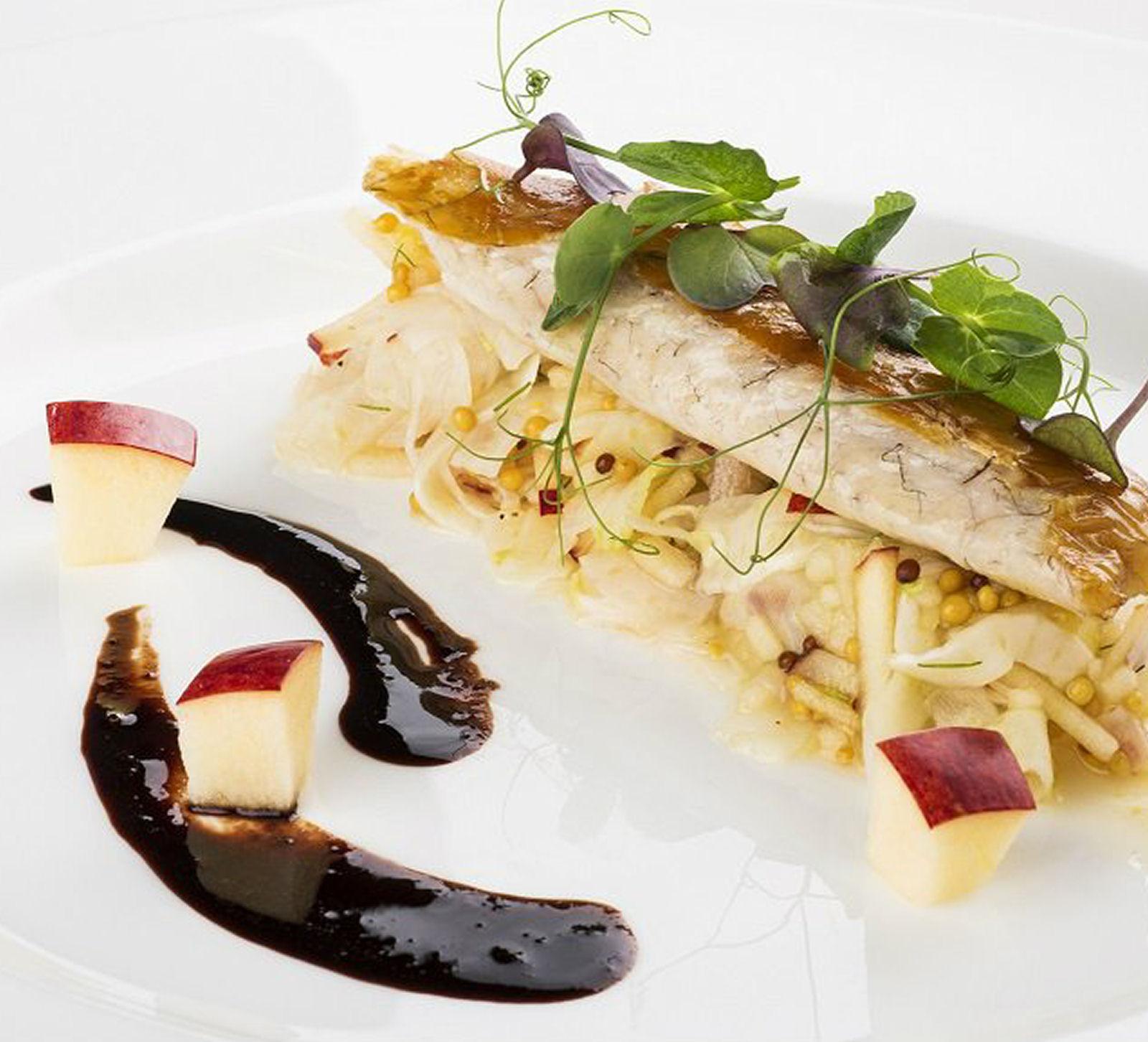 bled-castle-restaurant-04-slovenia