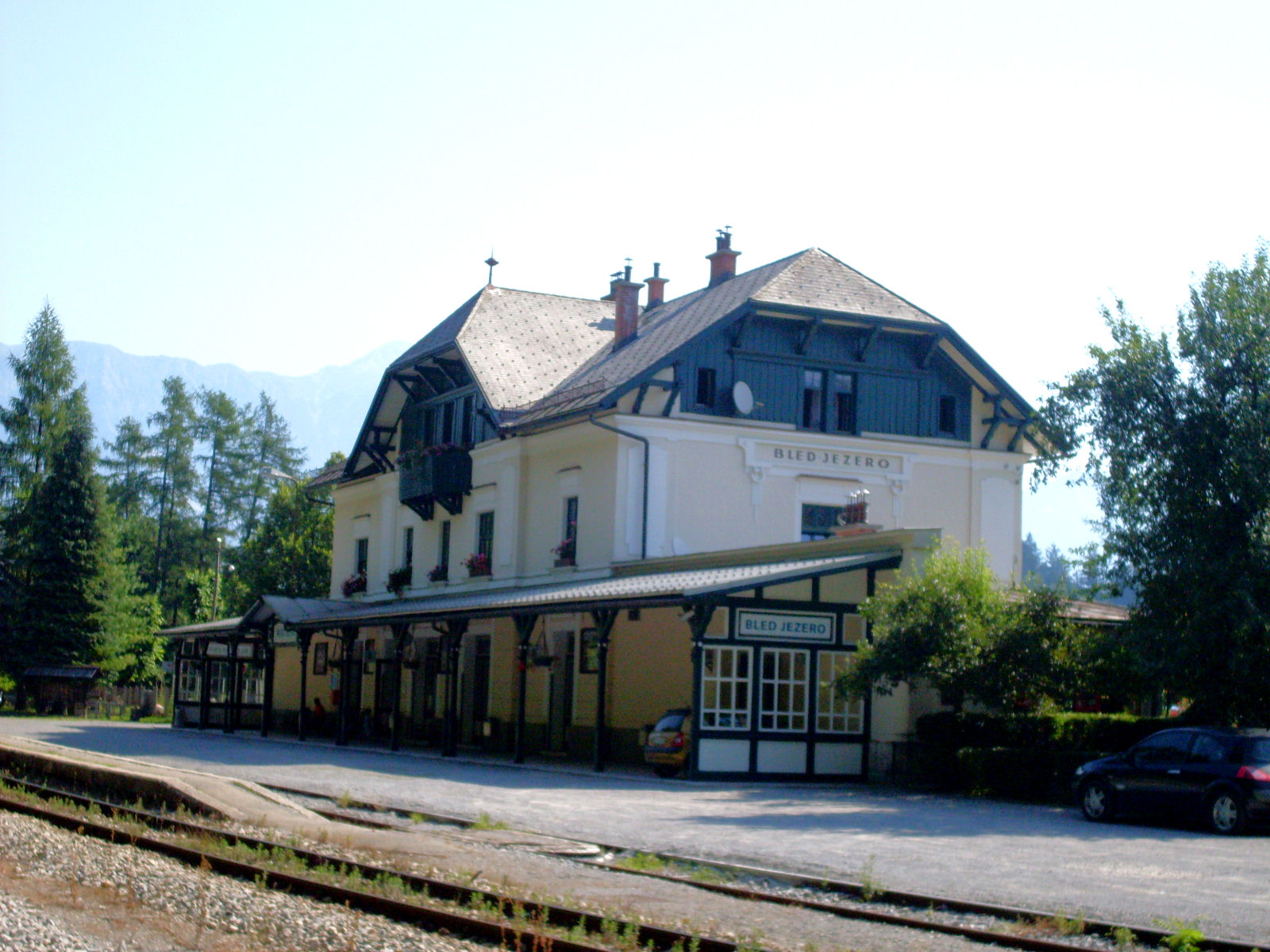bled-jezero-train-station