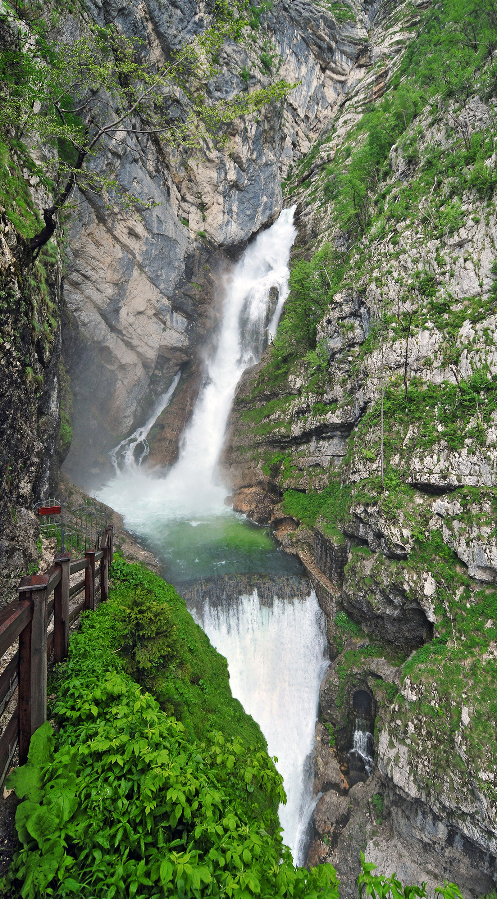 Savica waterfall triglav national park slovenian alps for Waterfall it