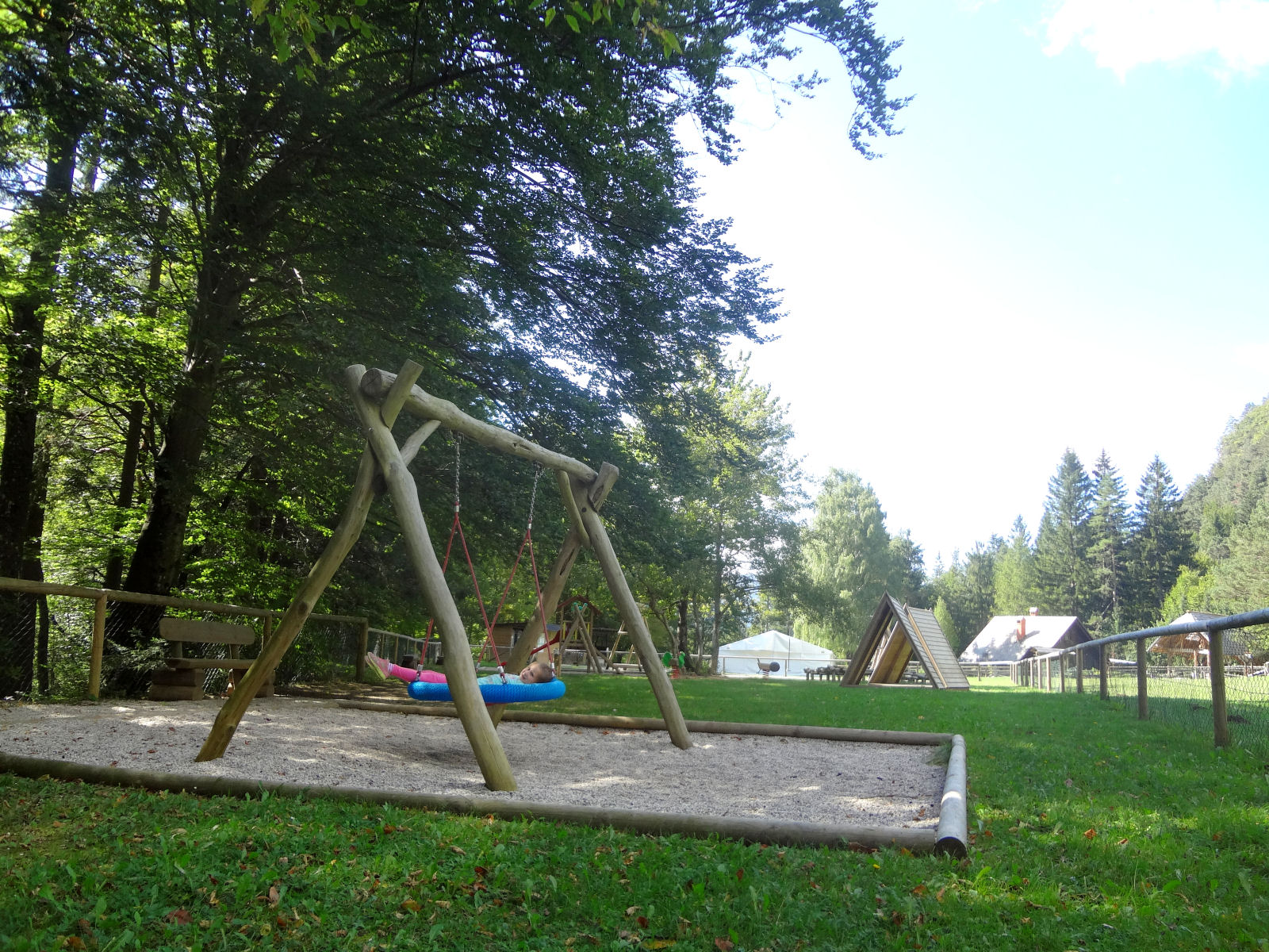 children-playground-02-recreation-park-zavrsnica