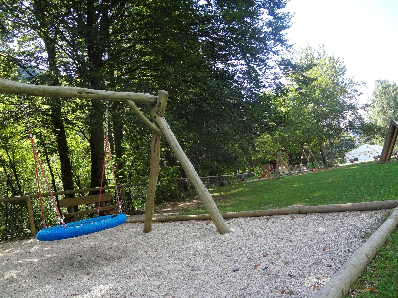 children-playground-03-recreation-park-zavrsnica