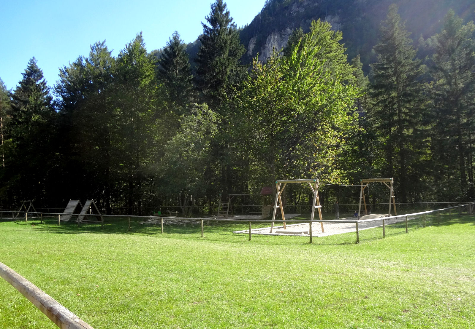 children-playground-07-recreation-park-zavrsnica