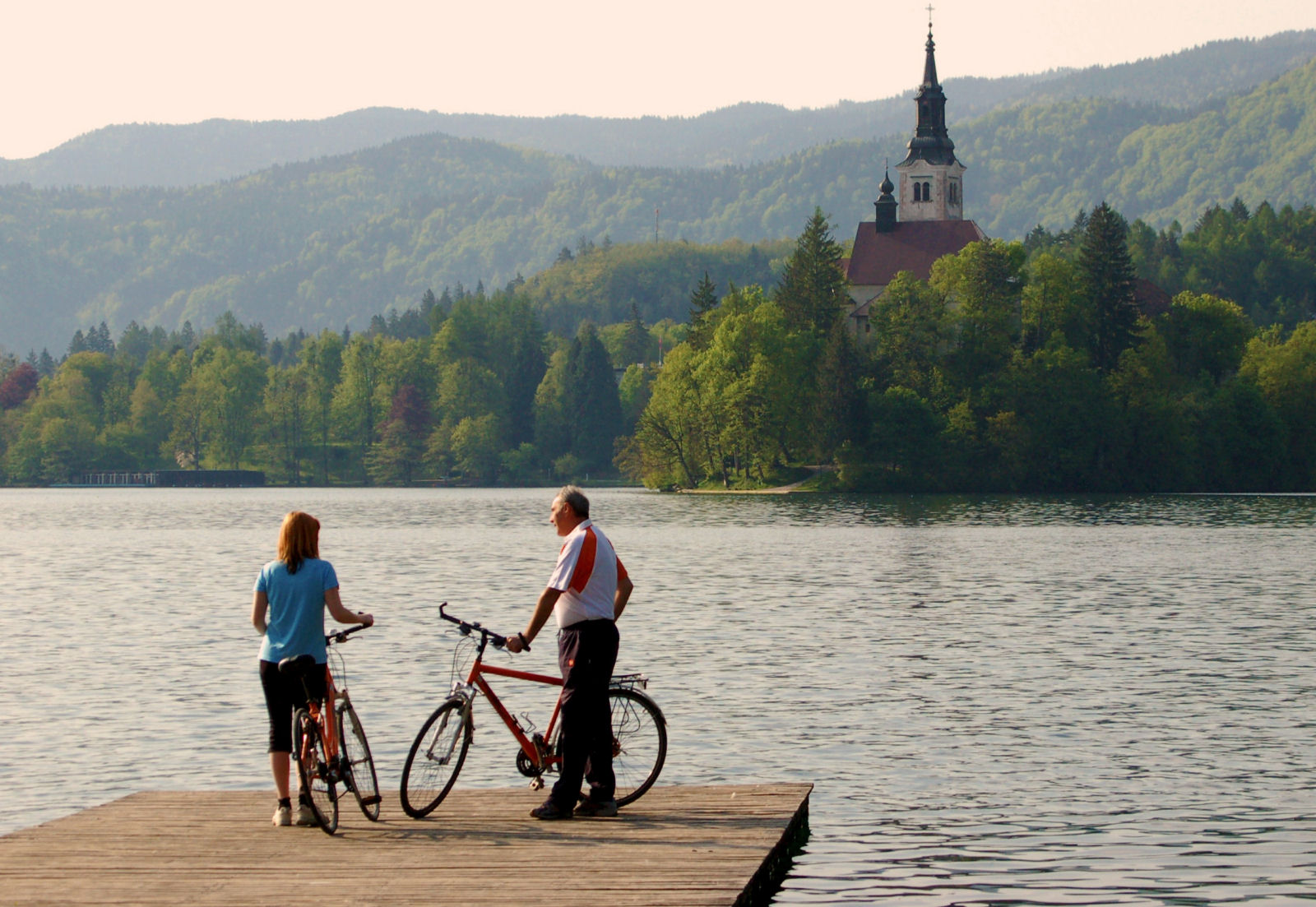 Cycling trip around Lake Bled