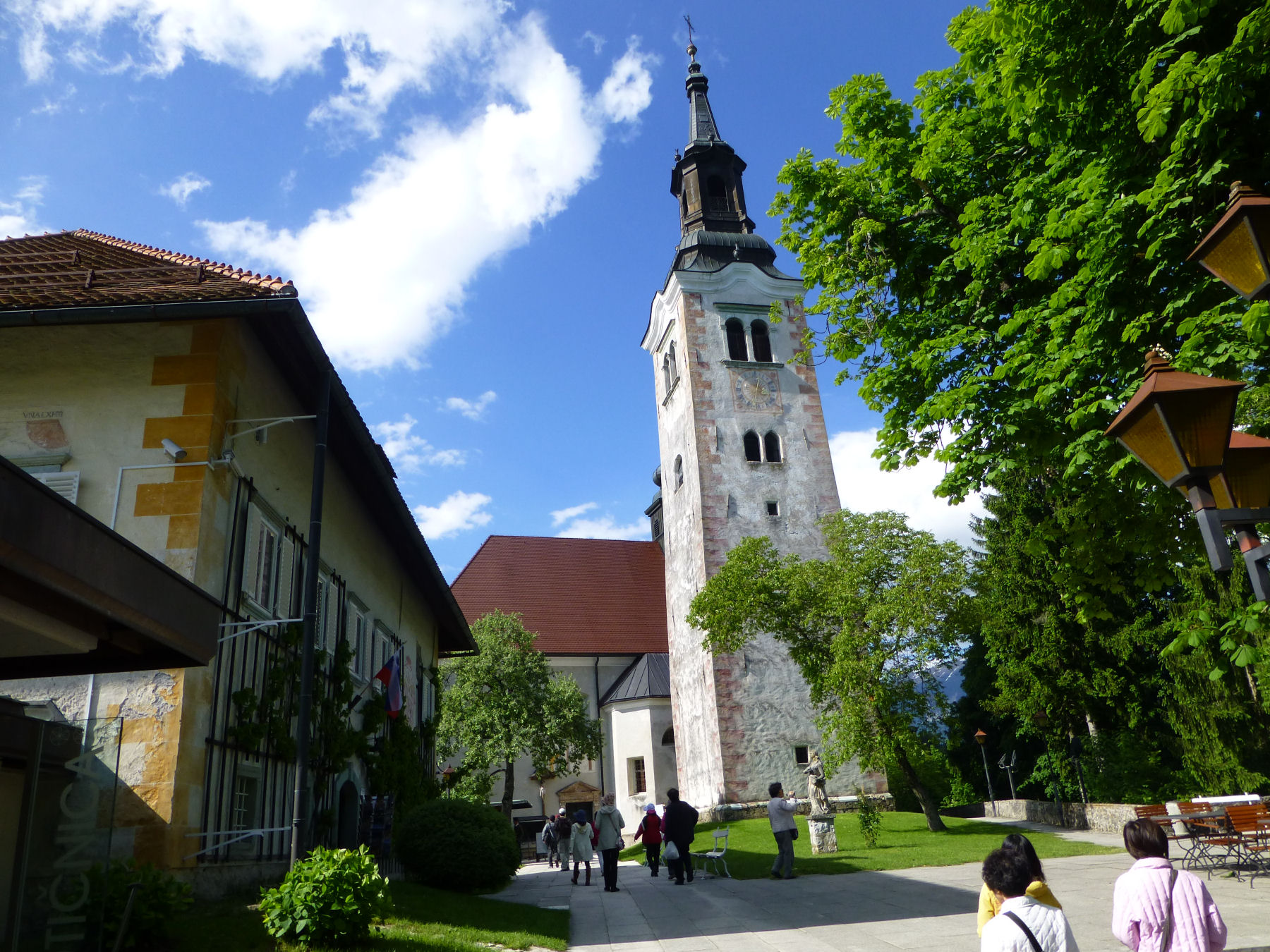 island-church-exterior-tourists