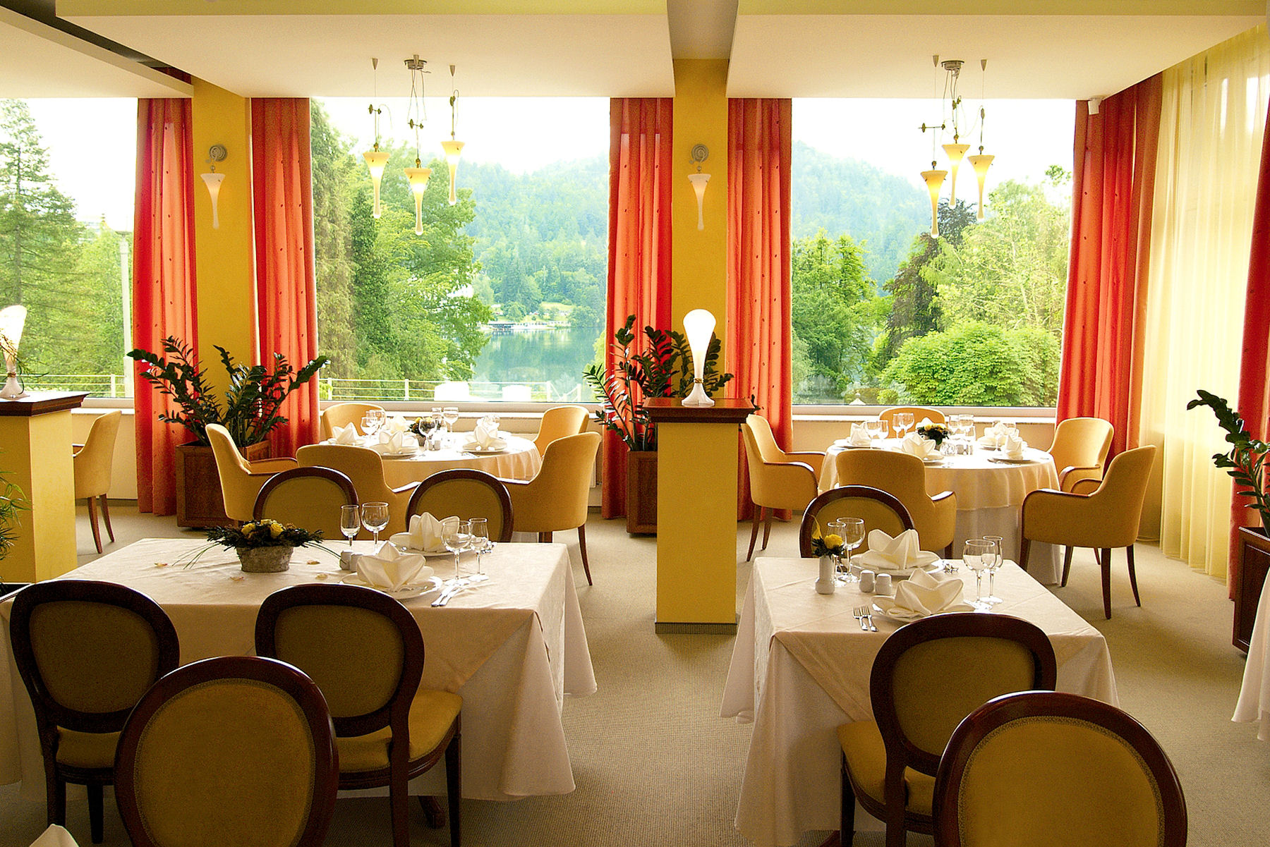 Labod restaurant is in the very heart of Bled