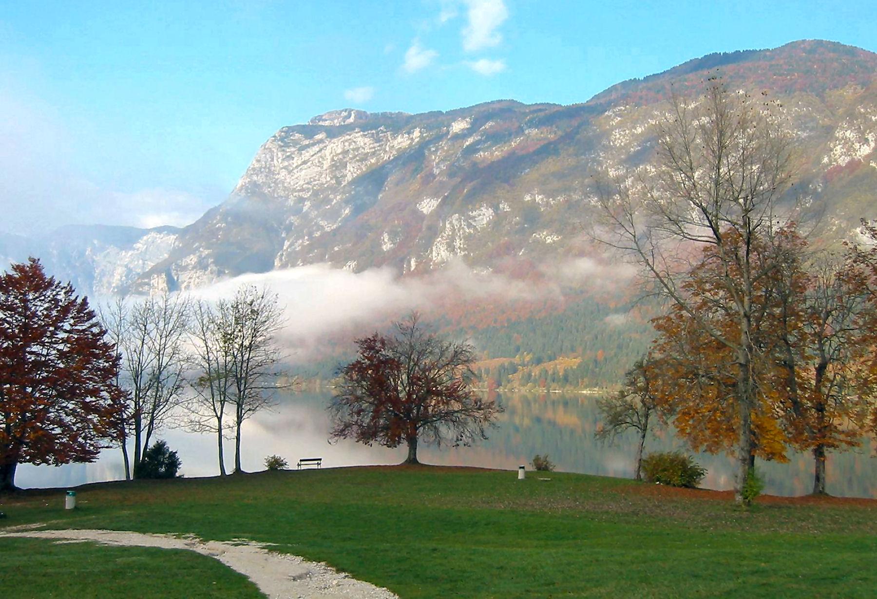 lake-bohinj-in-autumn