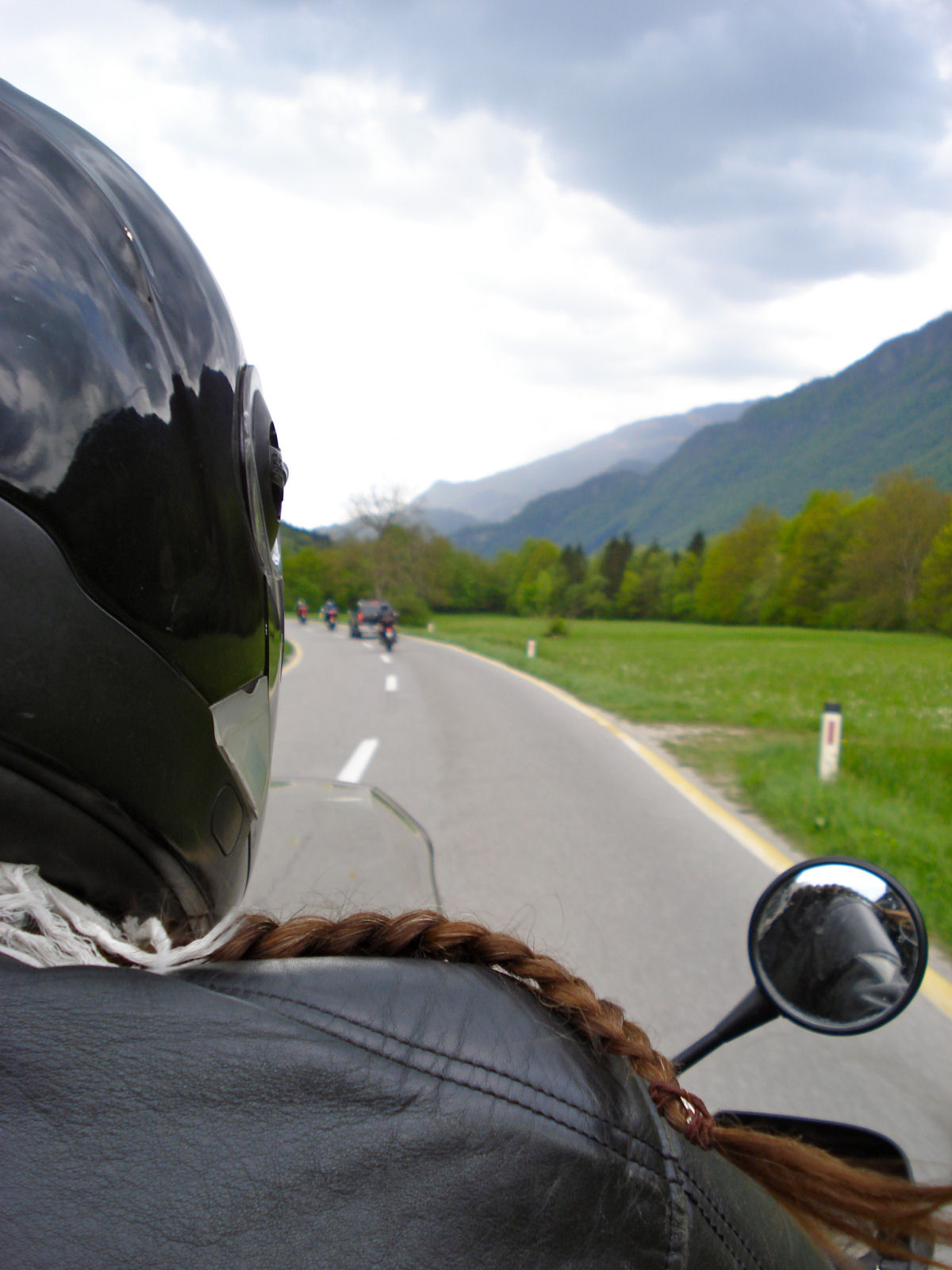 motorcycling-vrsic-02-pass-slovenia