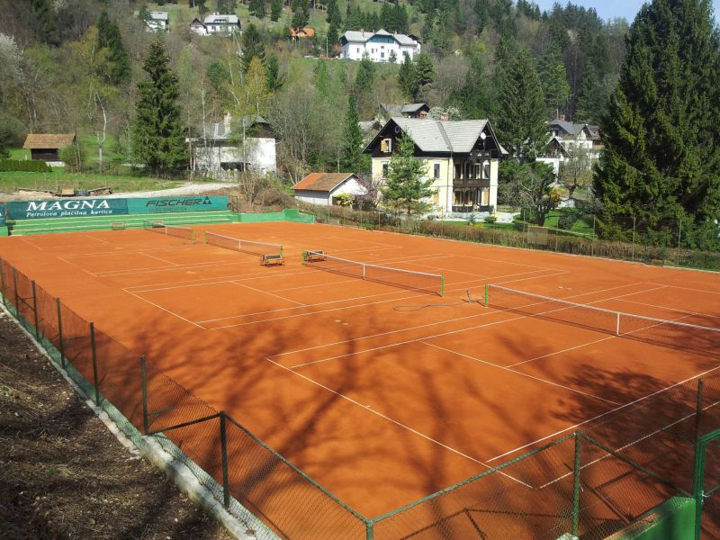 Outdoor tennis courts near Lake Bled