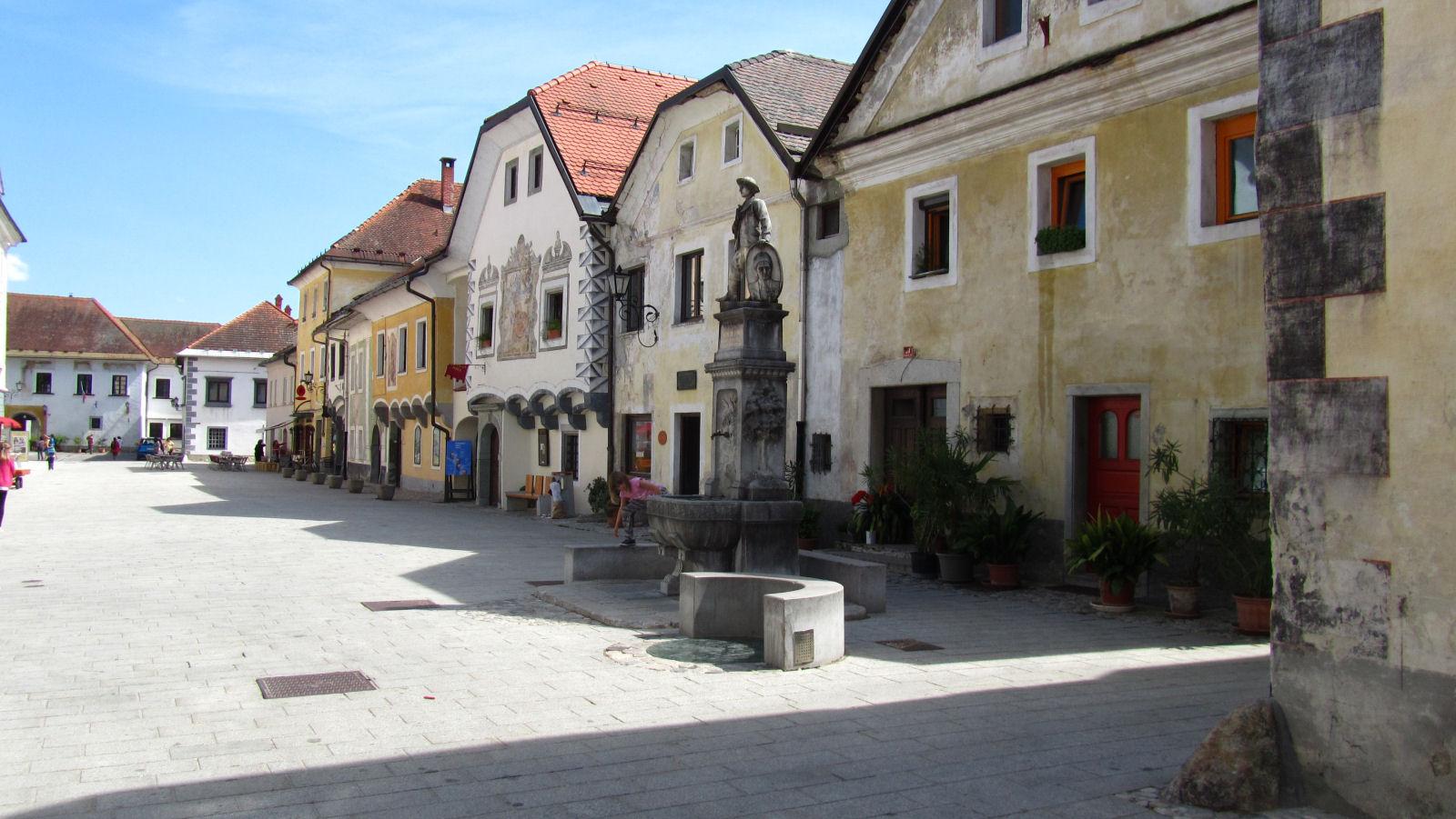radovljica-medieval-old-town-8408