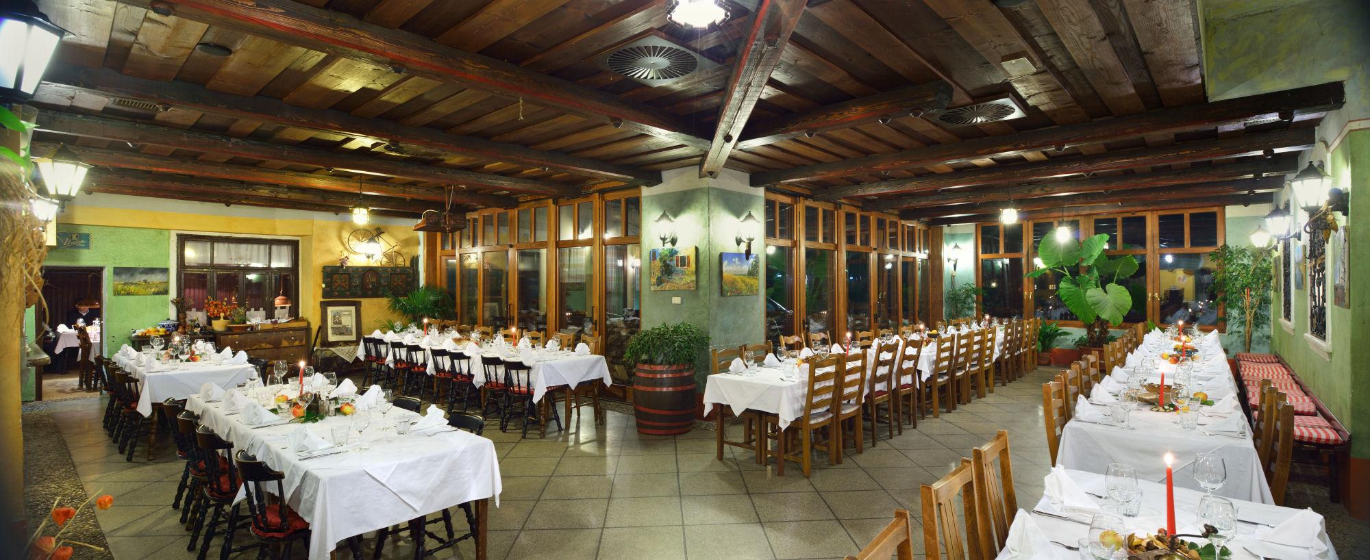 Restaurant Lectar the arcade