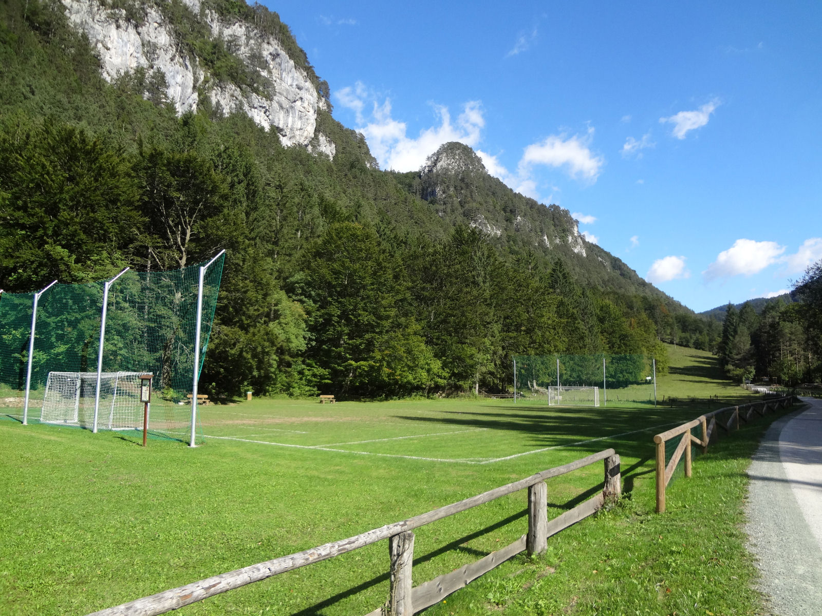 soccer-field-recreation-park-zavrsnica