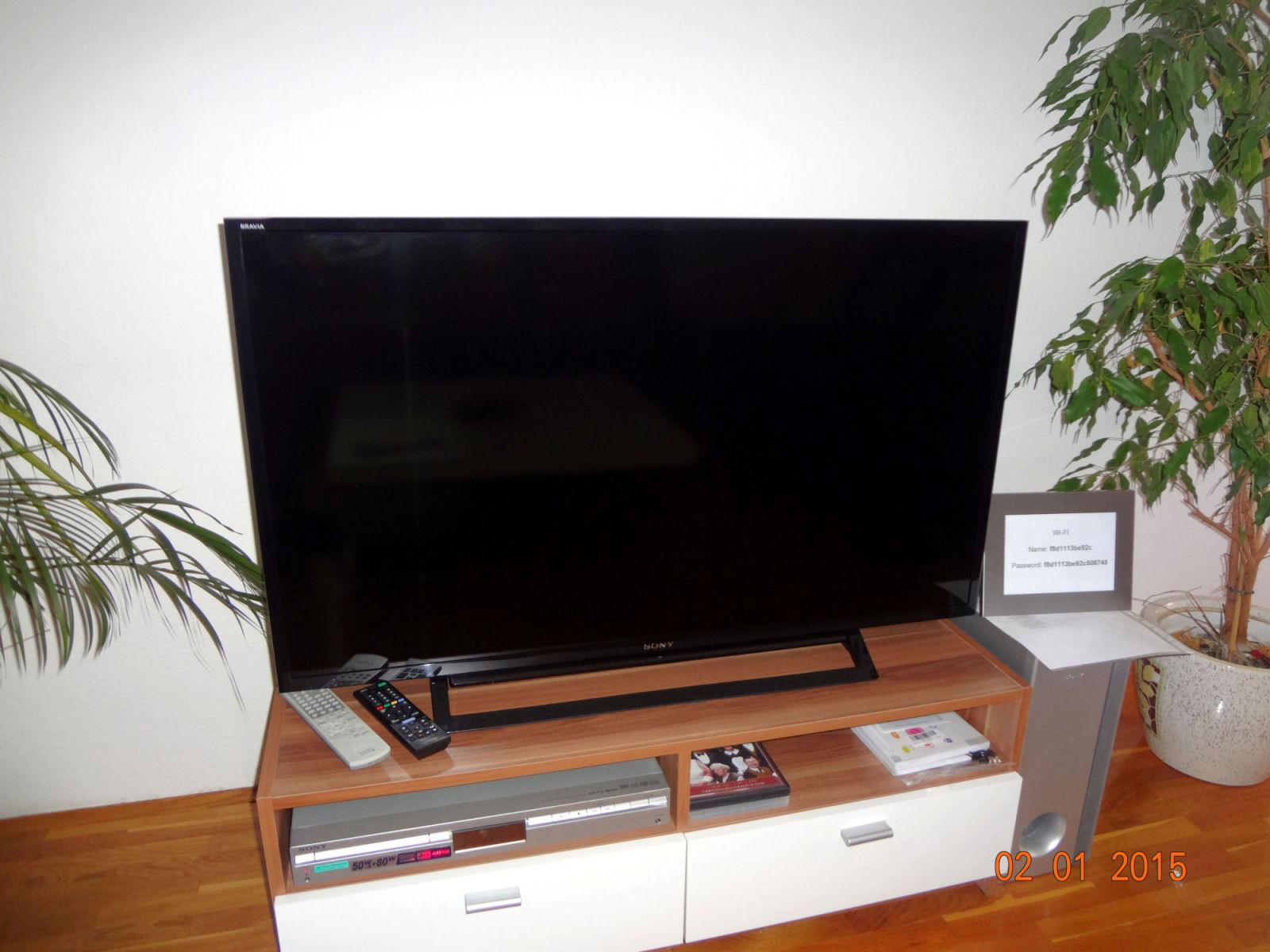 Sony LCD TV v apartmaju s štirimi zvezdicami