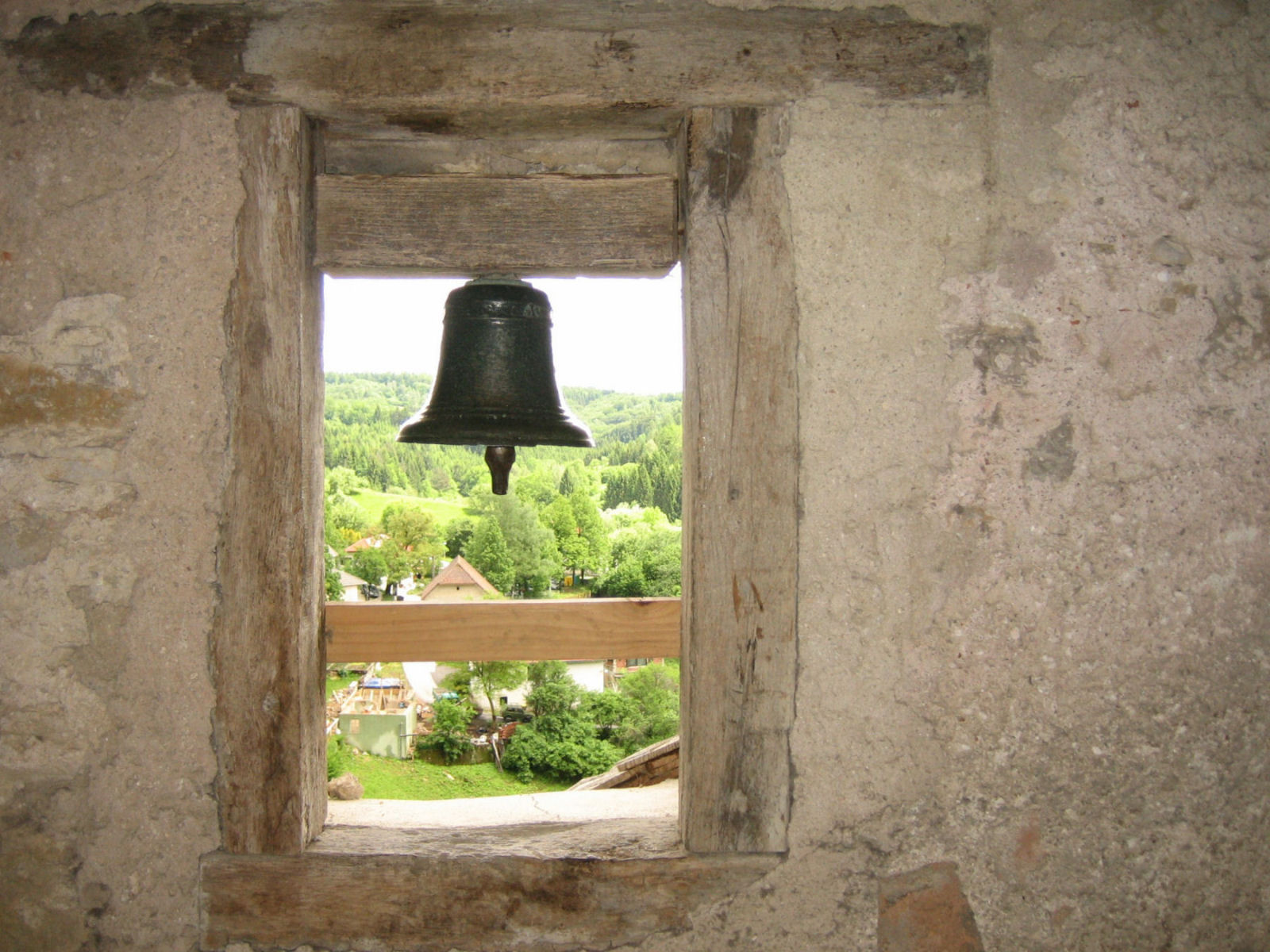 predjama-castle-slovenia-bell
