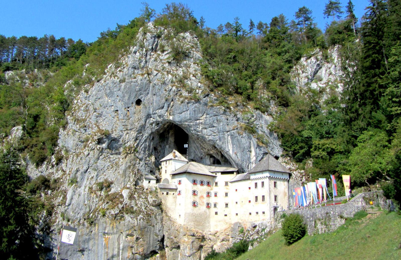 predjama-castle-slovenia-embedded-hillside