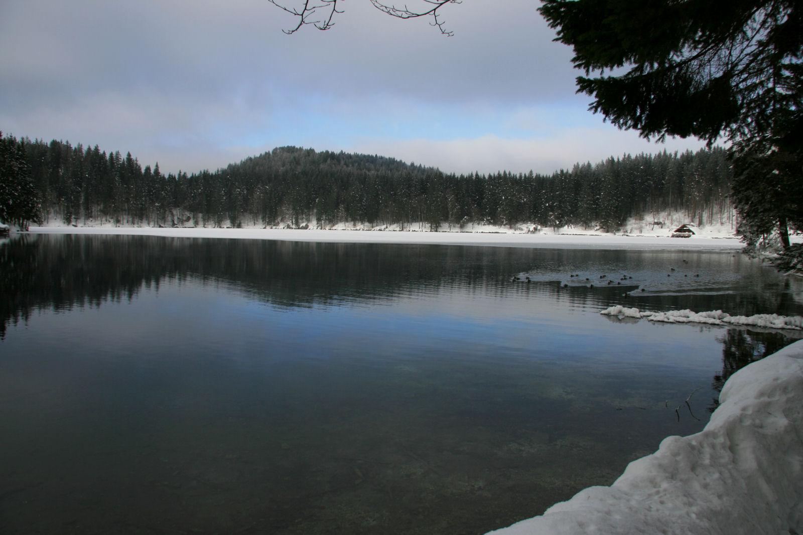 fusine-lakes-winter-02-italy