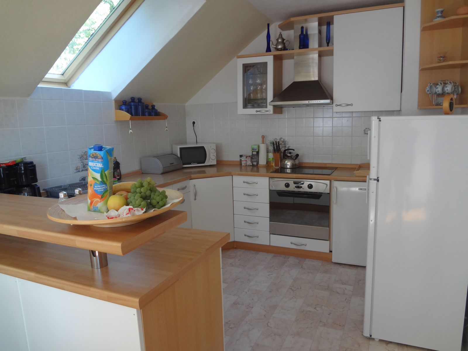 kitchen-fine-stay-apartment-02-slovenia
