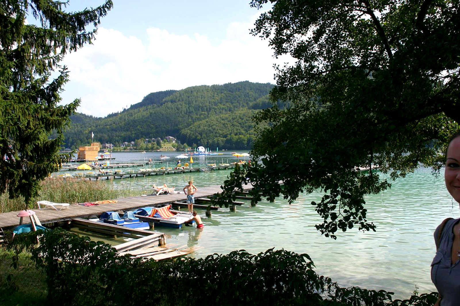 Lake Klopeiner See attracts water sports lovers, swimmers and sun worshipers, Carinthia, Austria