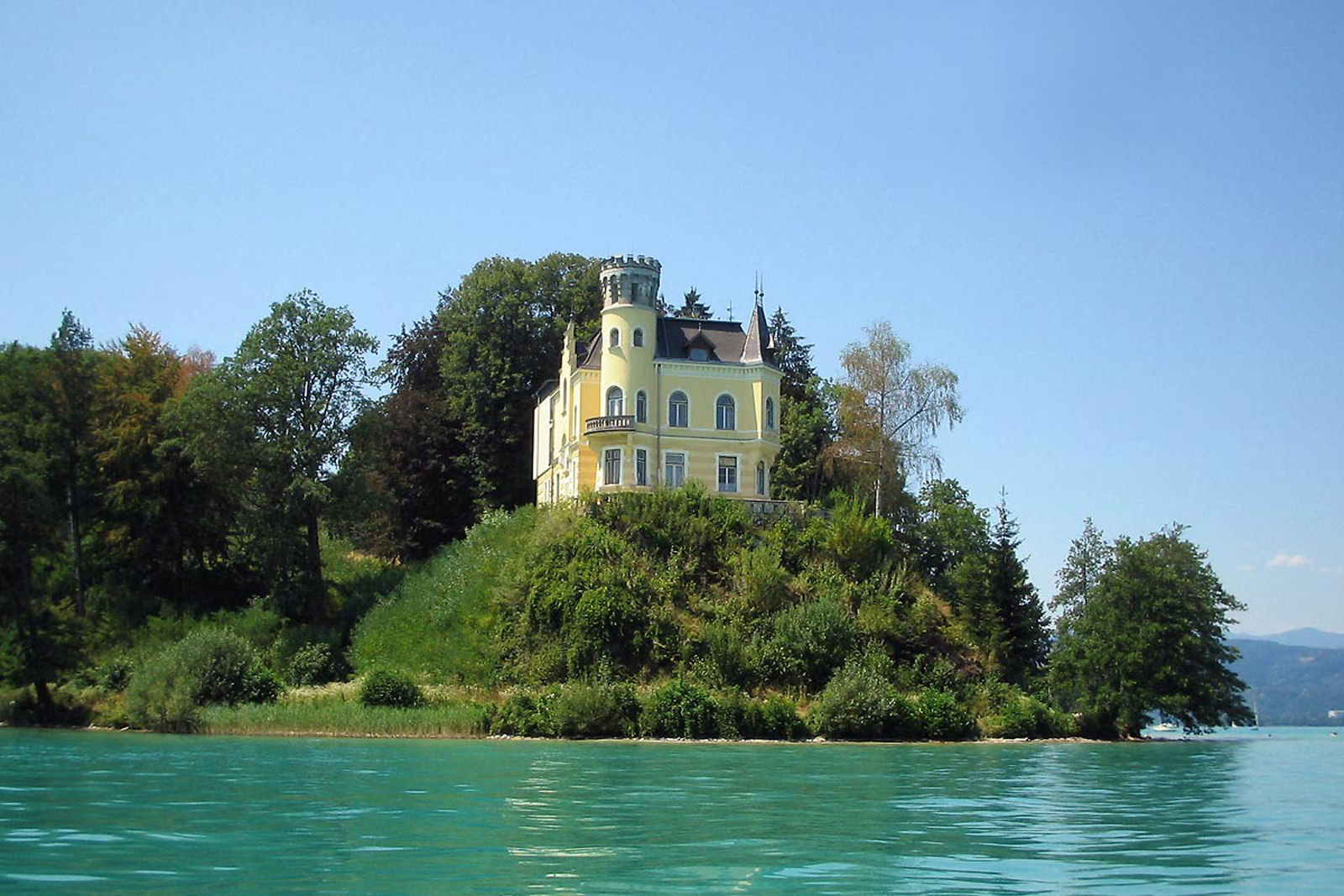 Reifnitz Castle on Lake Worth in Carinthia, Austria