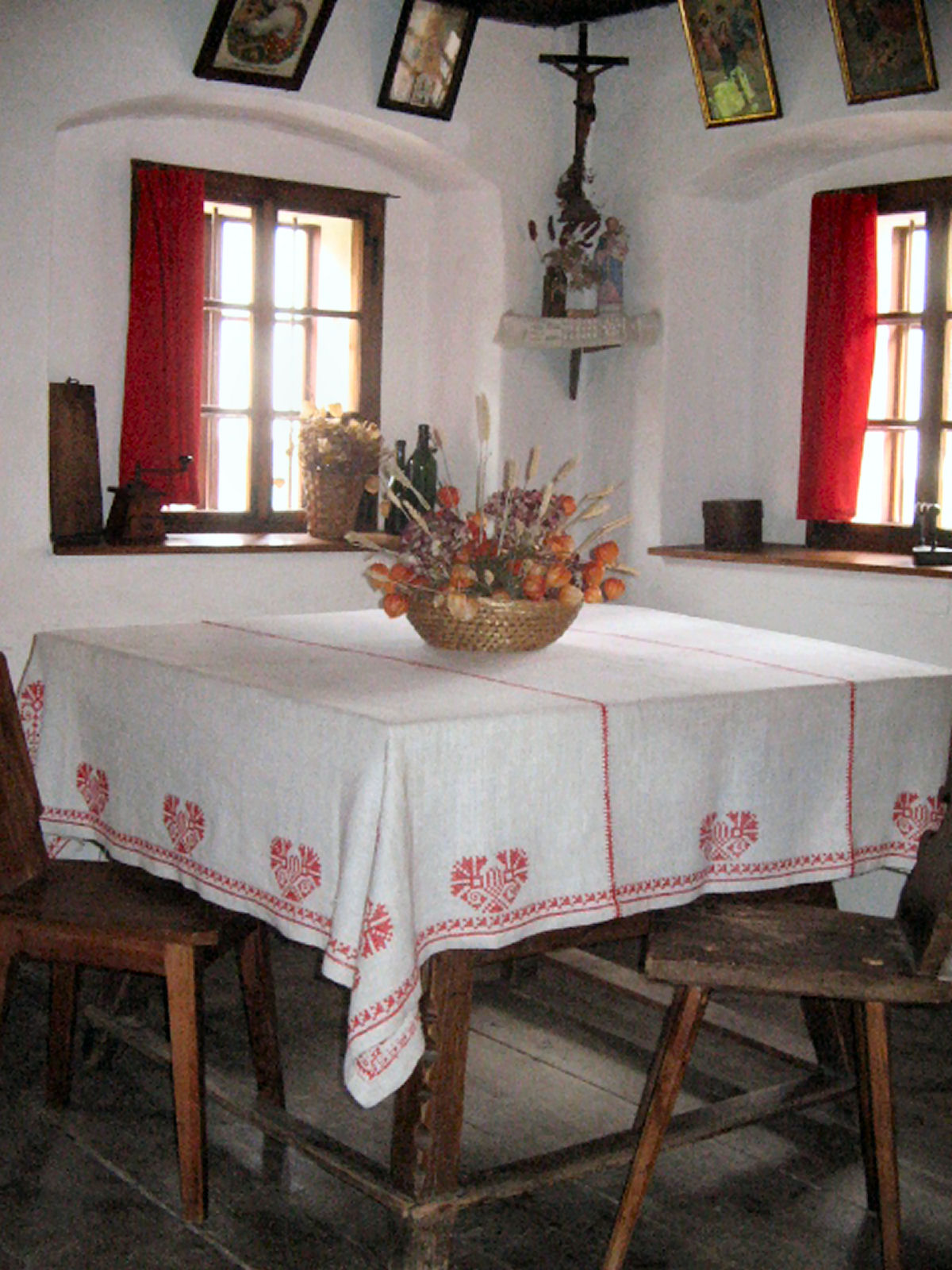 liznjek-farm-shrine-kranjska-gora
