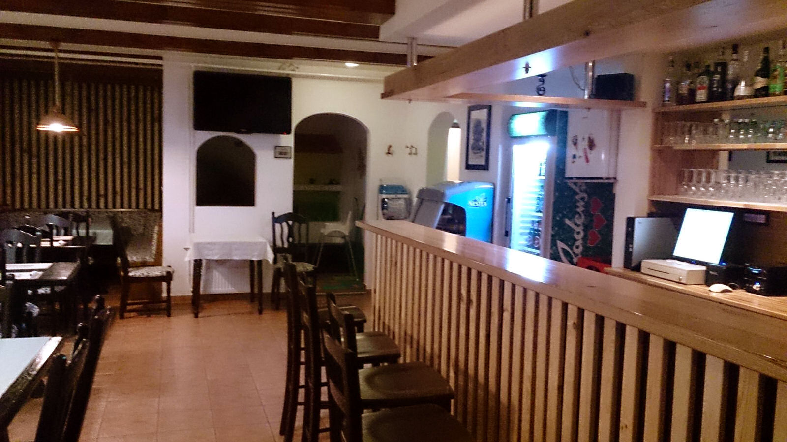pizzeria-ledina-inside-02