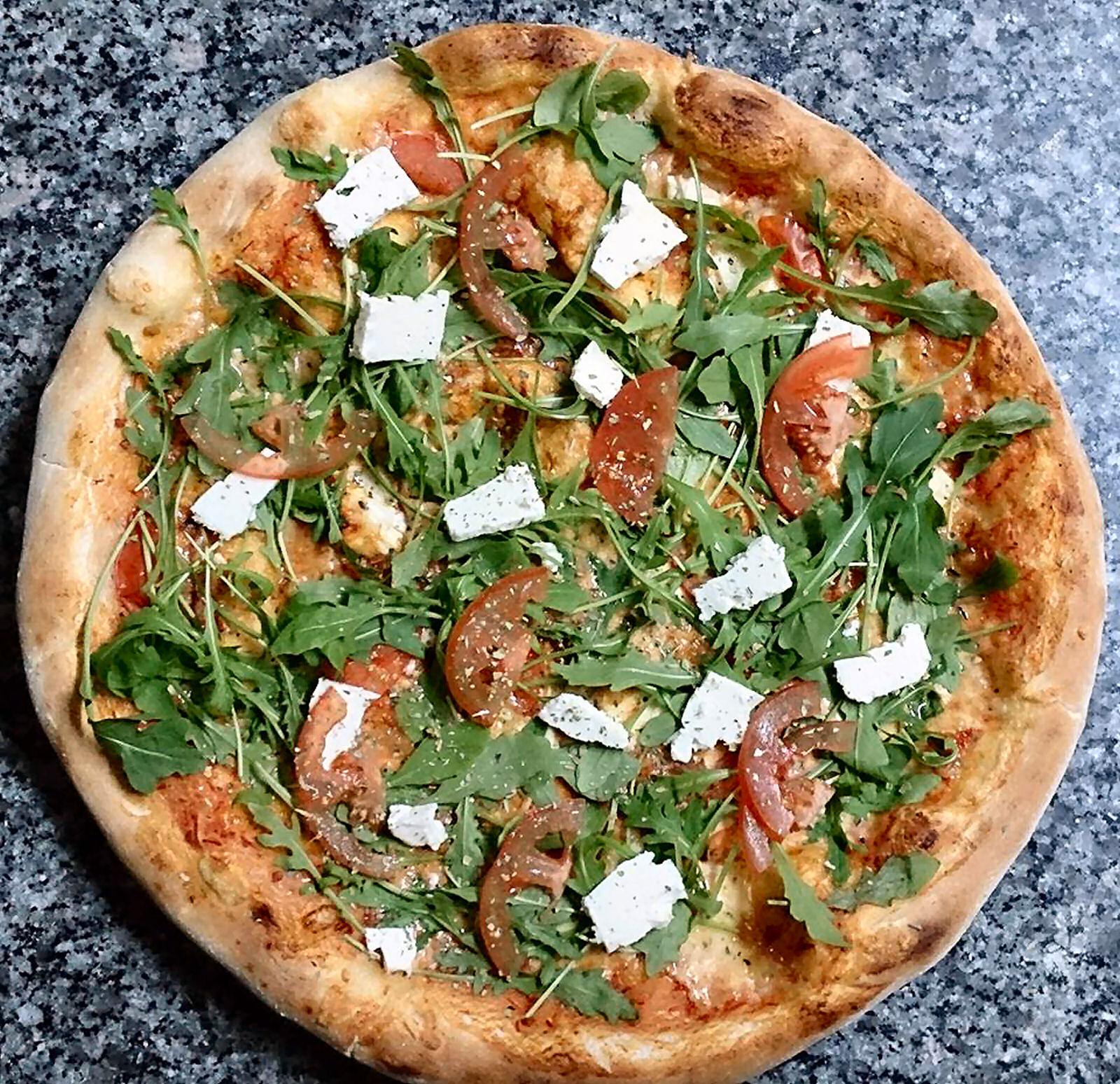 pizzeria-ledina-pizza-02