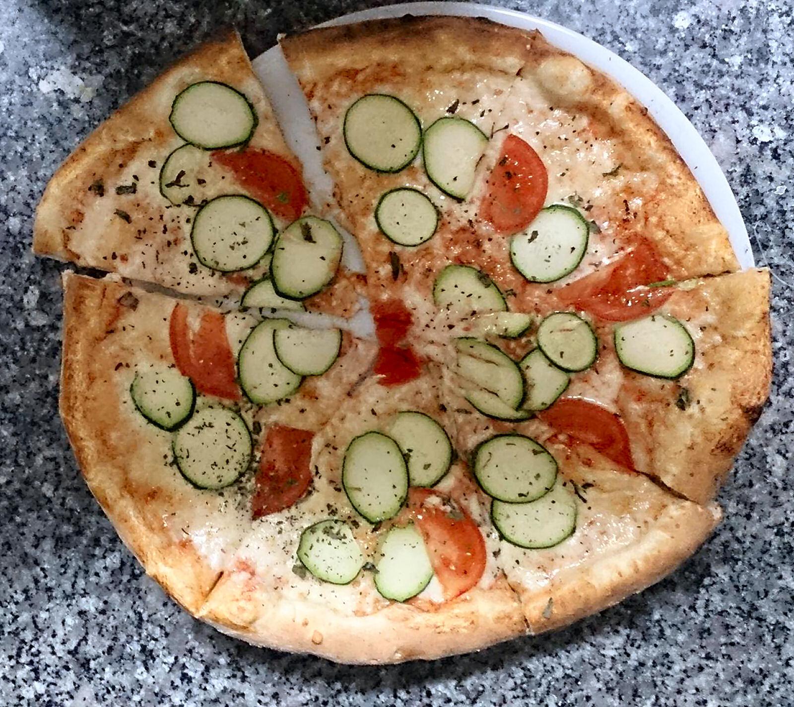 pizzeria-ledina-pizza