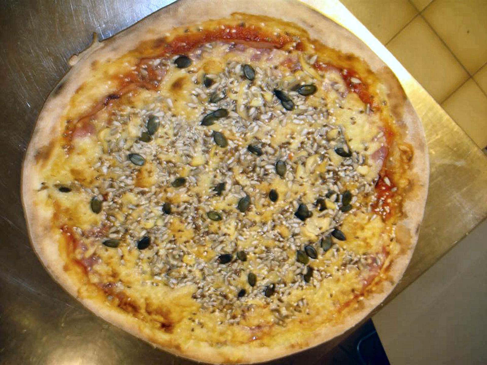 pizzeria-pri-daretu-pizza
