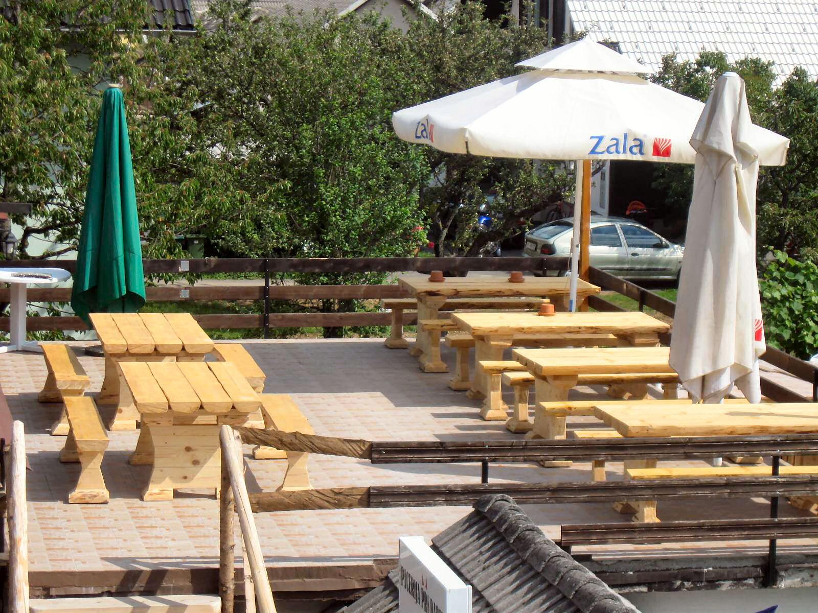 pizzeria-pri-daretu-upper-terrace-1