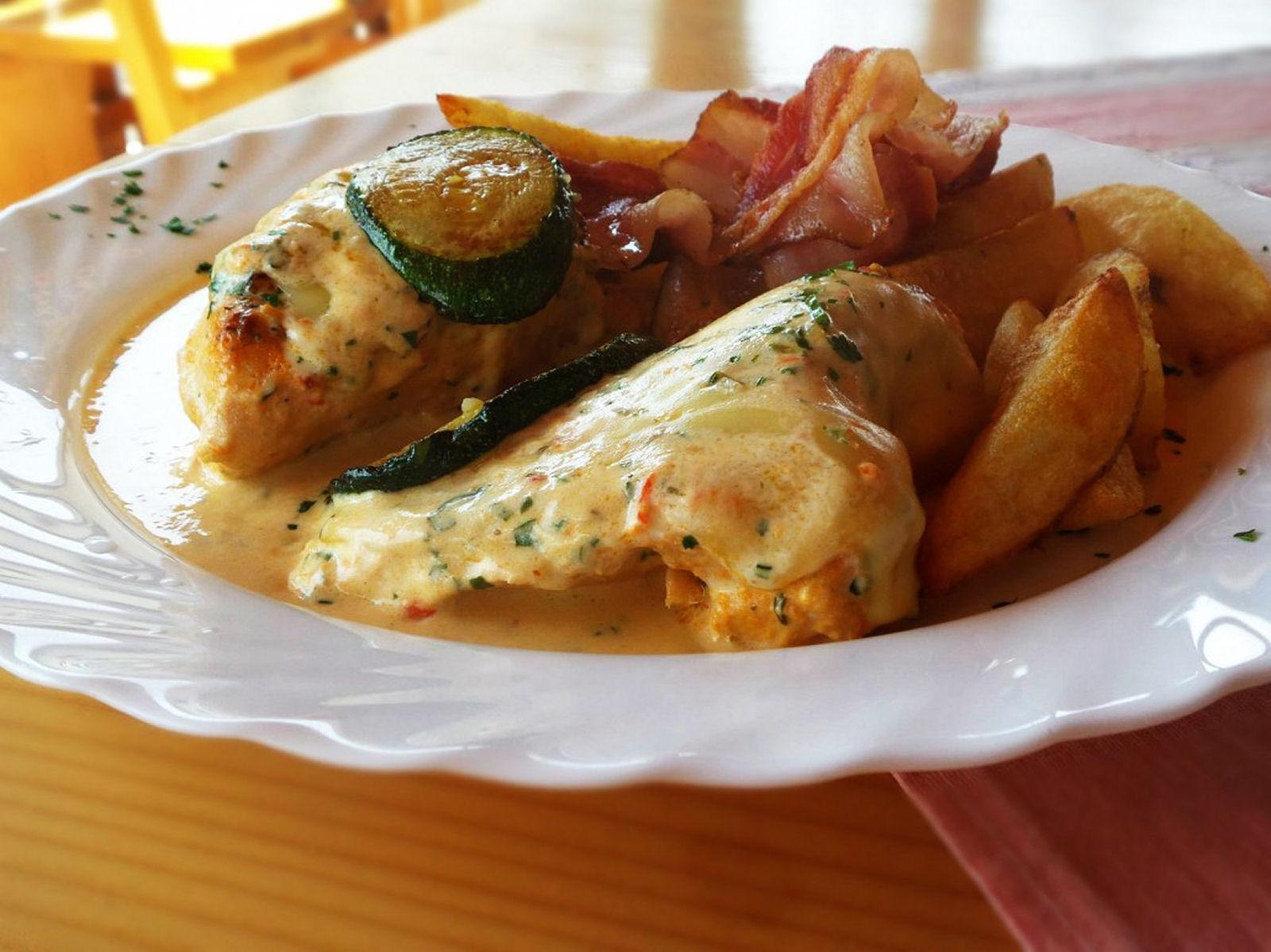 restaurant-knafel-food-zirovnica