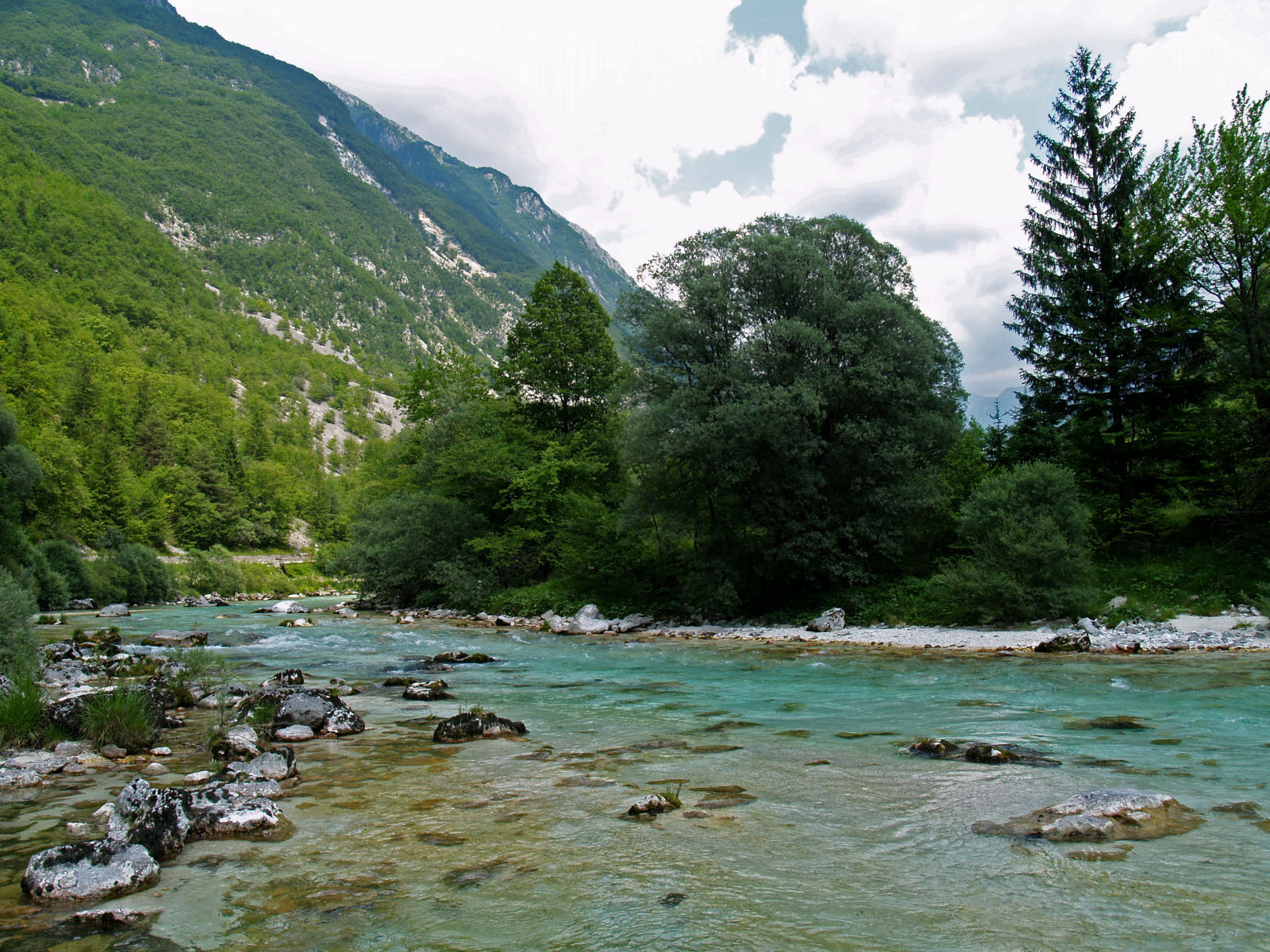 soca-river-slovenia-europe