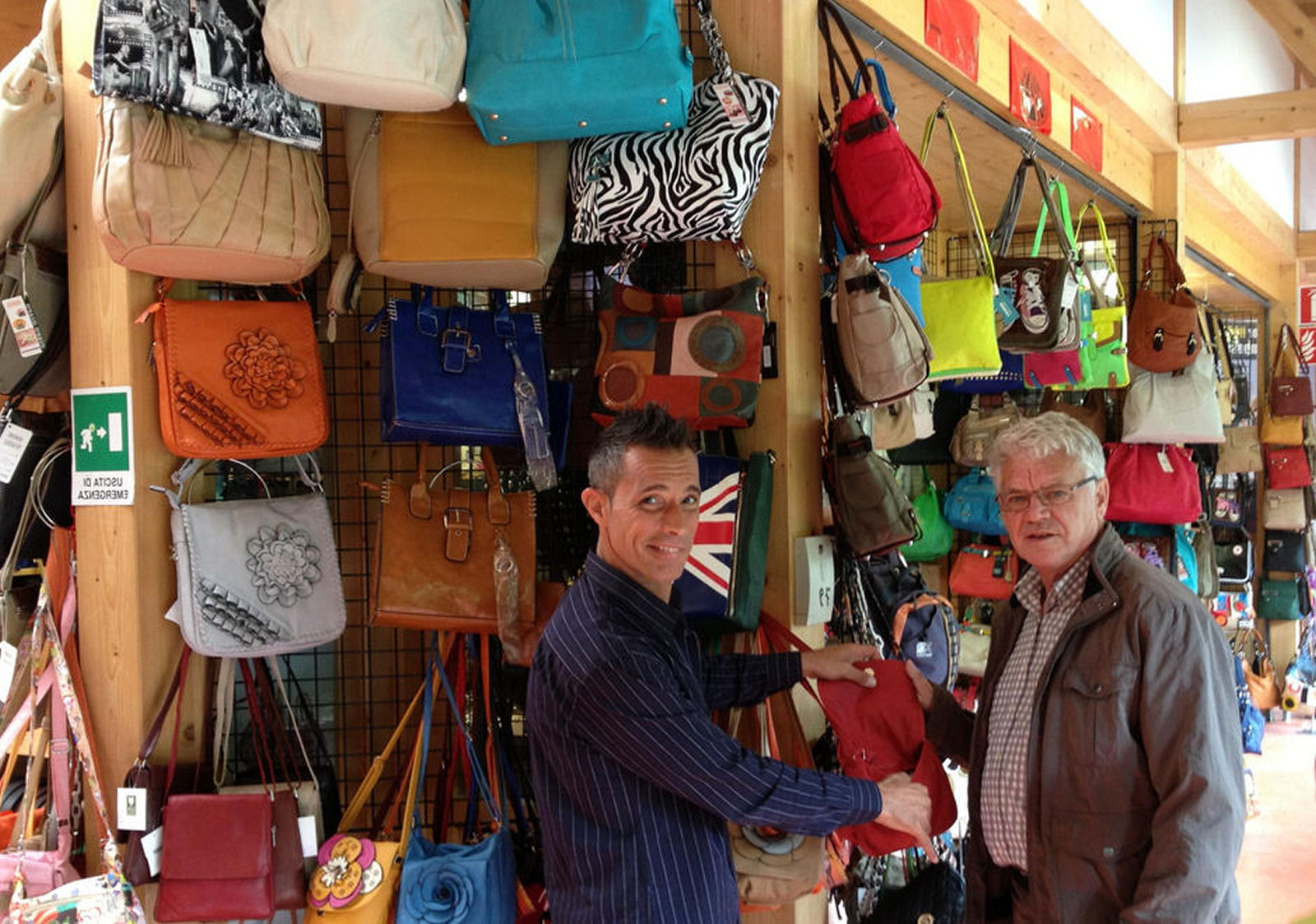 tarvisio-open-air-leather-market-02-italy
