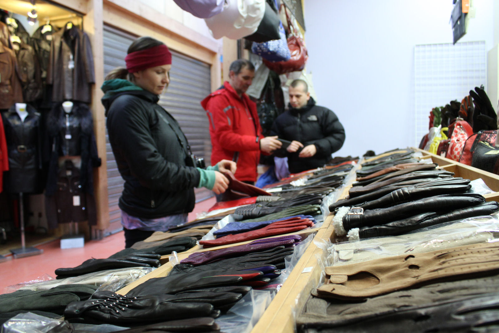 tarvisio-open-air-leather-market-italy
