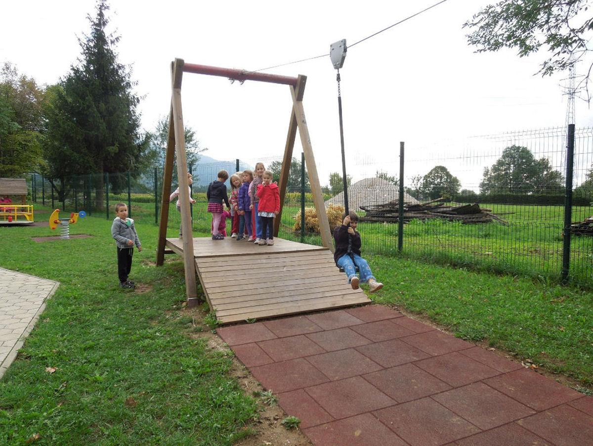 childrens-playground-breg-zirovnica-3