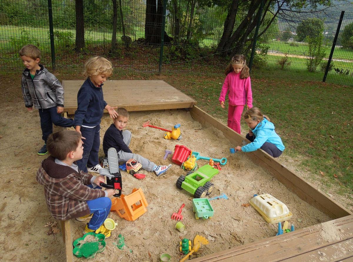 childrens-playground-breg-zirovnica-4