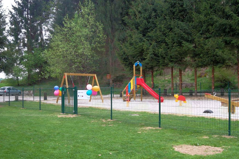 Children's playground Ribno