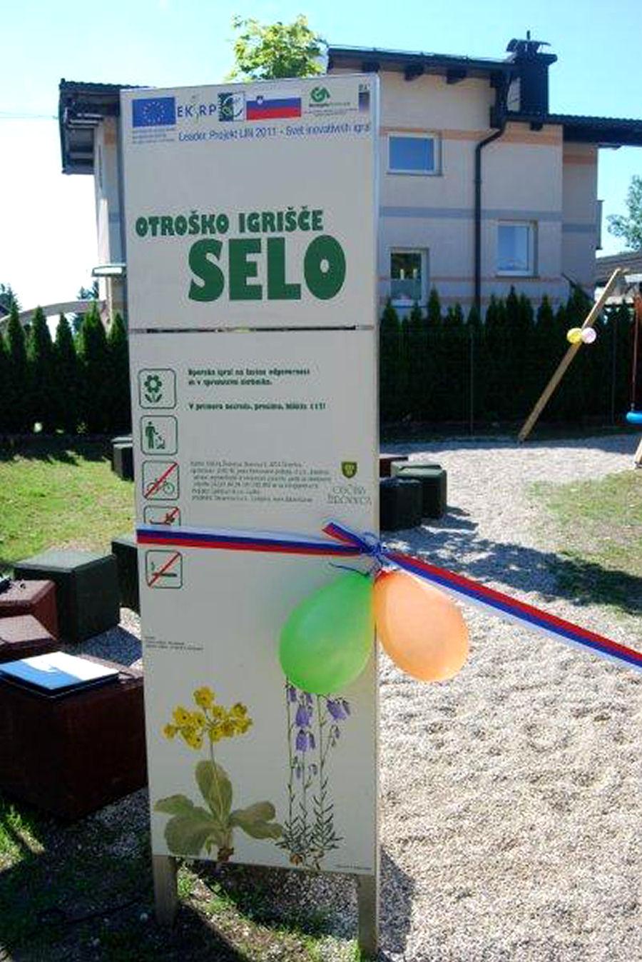 childrens-playground-selo-zirovnica-10