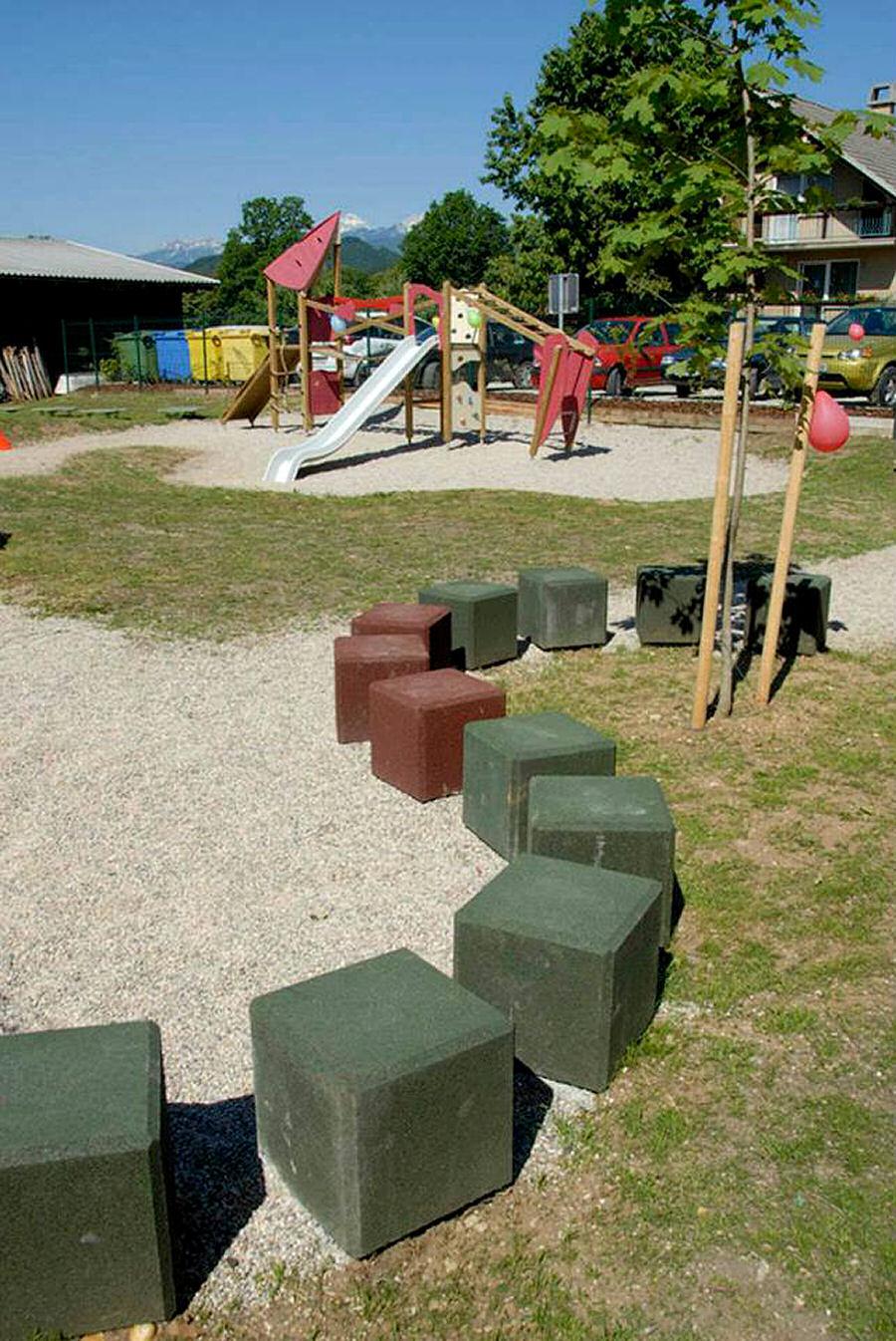 childrens-playground-selo-zirovnica-3