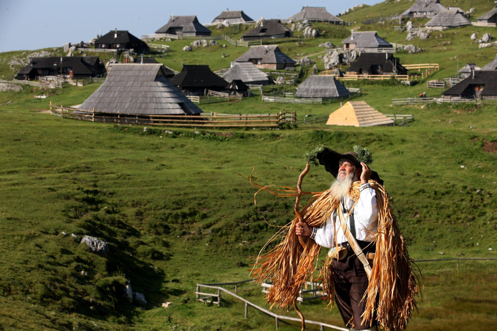 velika-planina-herders-huts