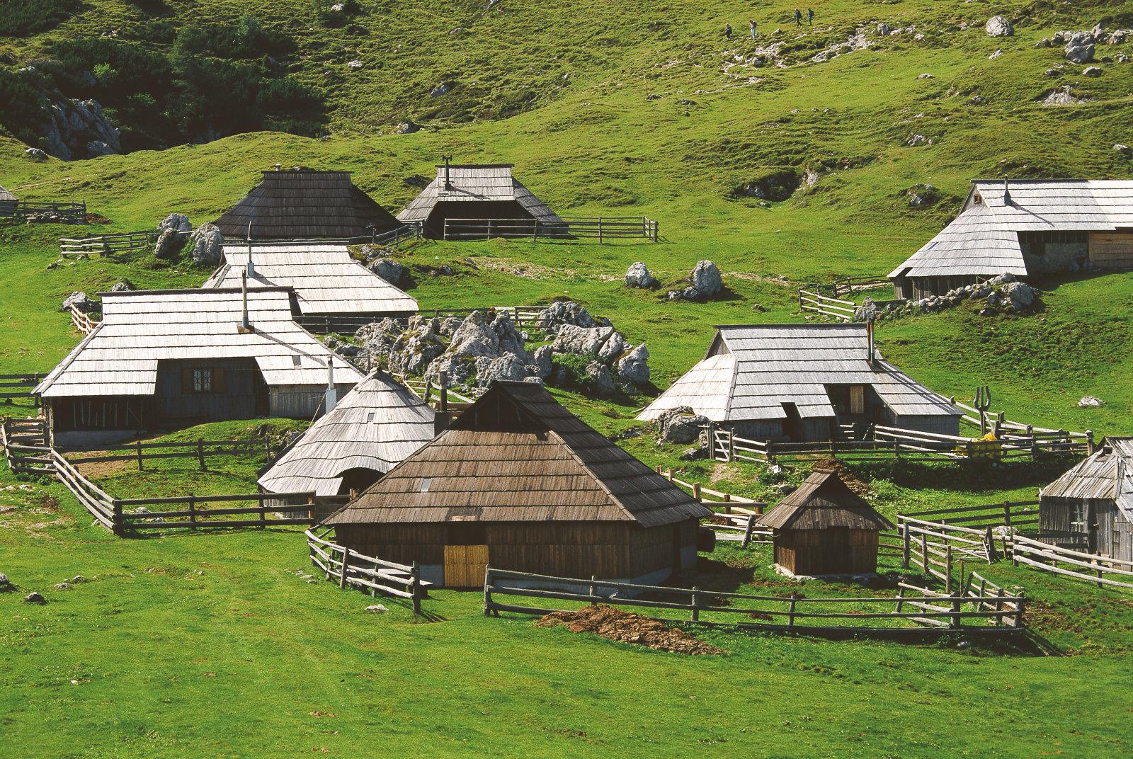velika-planina-settlement