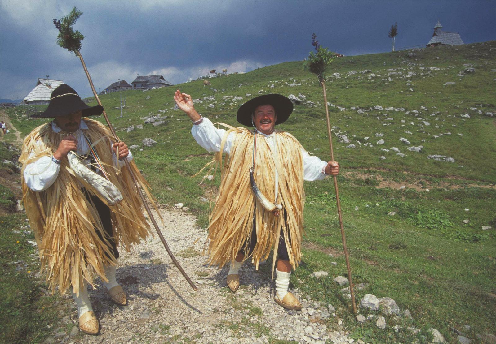 velika-planina-shepherds