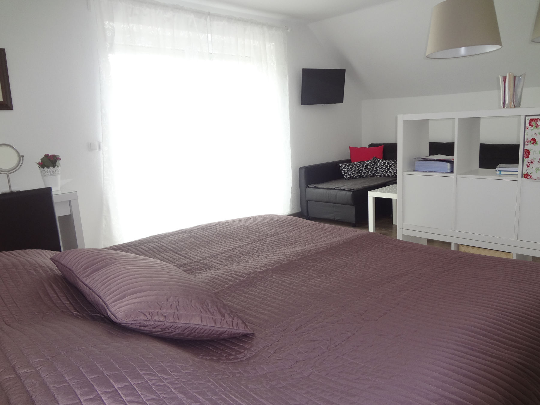The first bedroom of the Fine Stay Apartment in the Bled Area Of Slovenia
