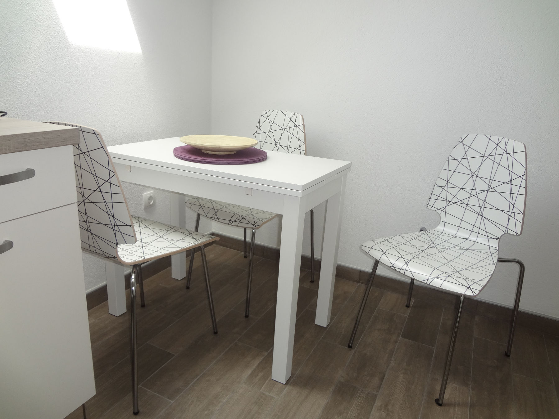 A dinning table in the Fine Stay Apartment in the Bled Area Of Slovenia