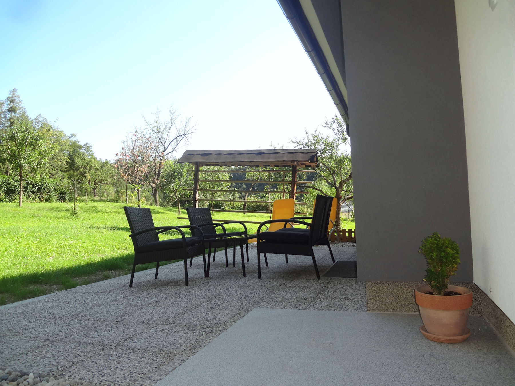 Second terrace with garden furniture at the Fine Stay Apartment in the Bled area of Slovenia