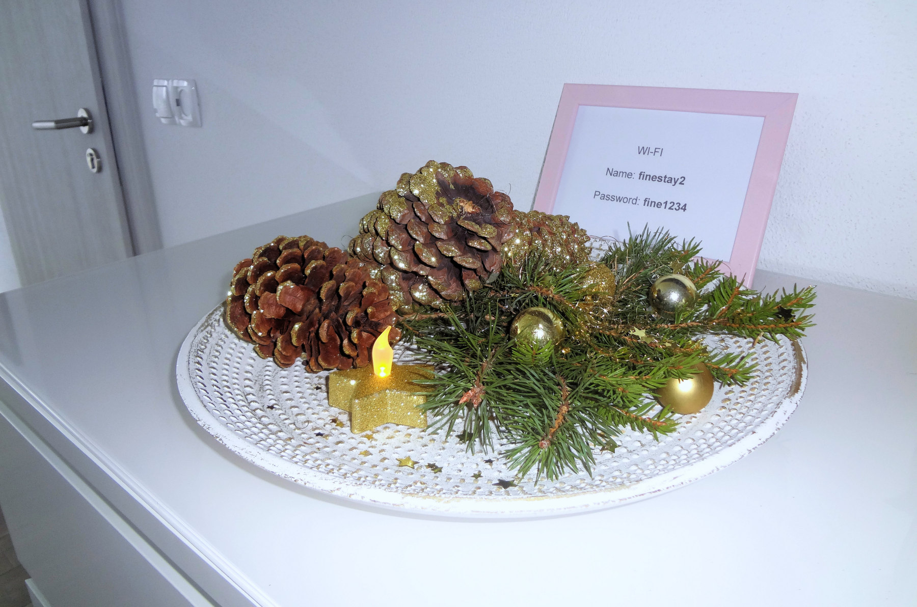 Christmas plate decoration