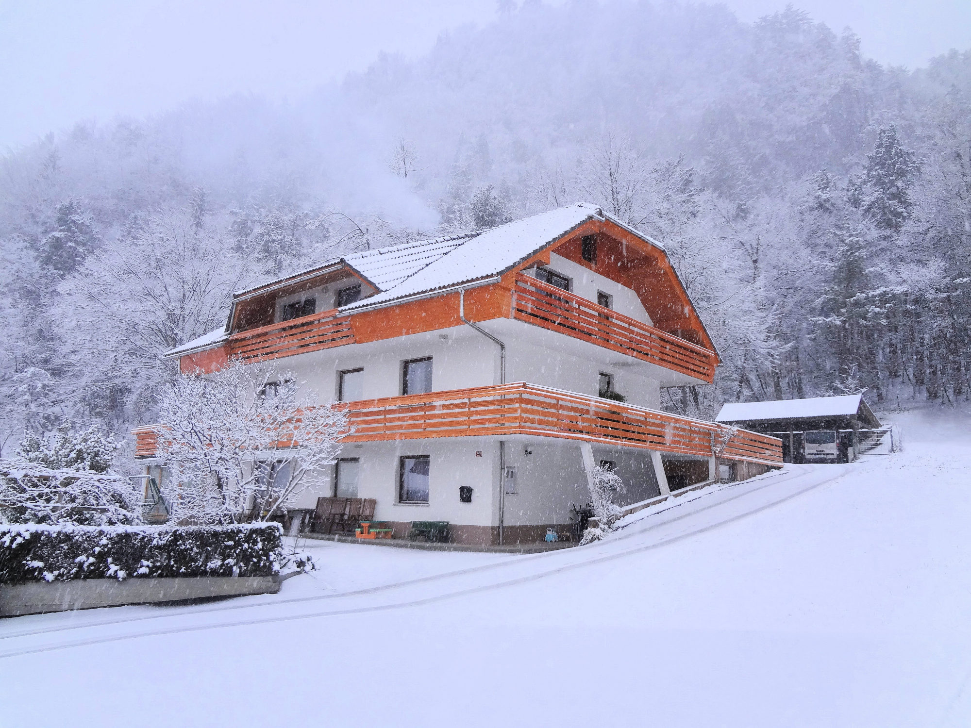 Exterior of the Superior apartment with 3 balconies in the winter time, Fine Stay Apartments, Slovenia