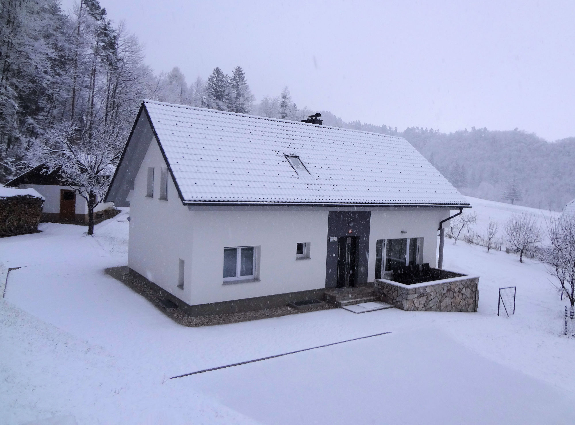 Property No.2 of Apartments Fine Stay in the winter during snowfall