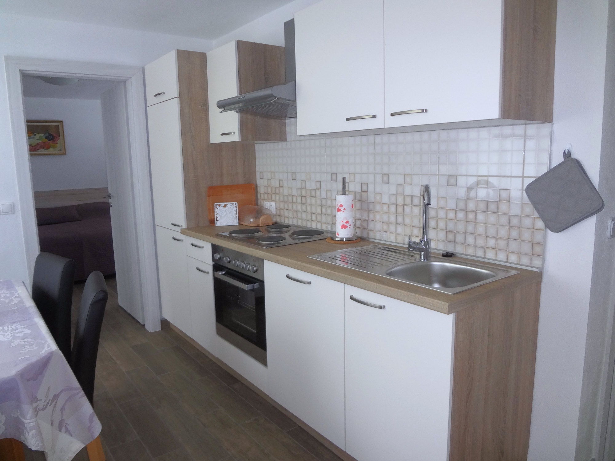 The kitchen of Apartments Fine Stay in the Gorenjska region of Slovenia