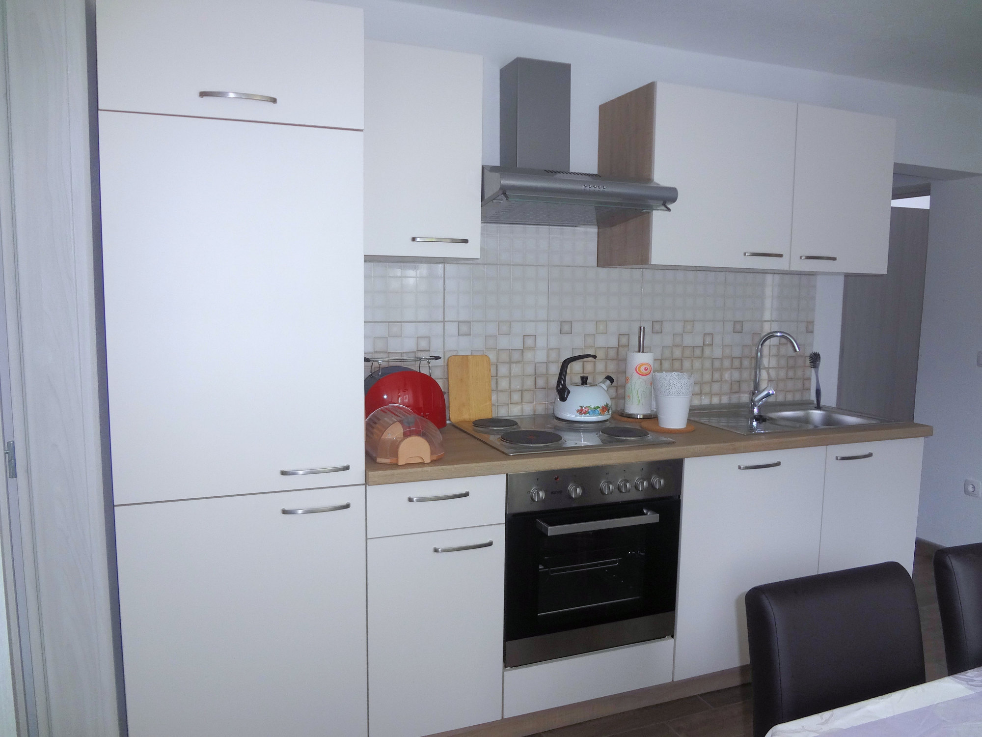 Fully equipped kitchen of Apartments Fine Stay in the Gorenjska region of Slovenia
